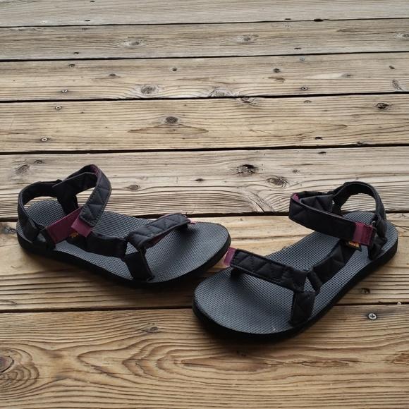 0e40bc942 Teva Original Universal Puff Sandal. M 5c2bd843aaa5b8231e84d9c1